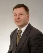 адвокат Andrzej Philips
